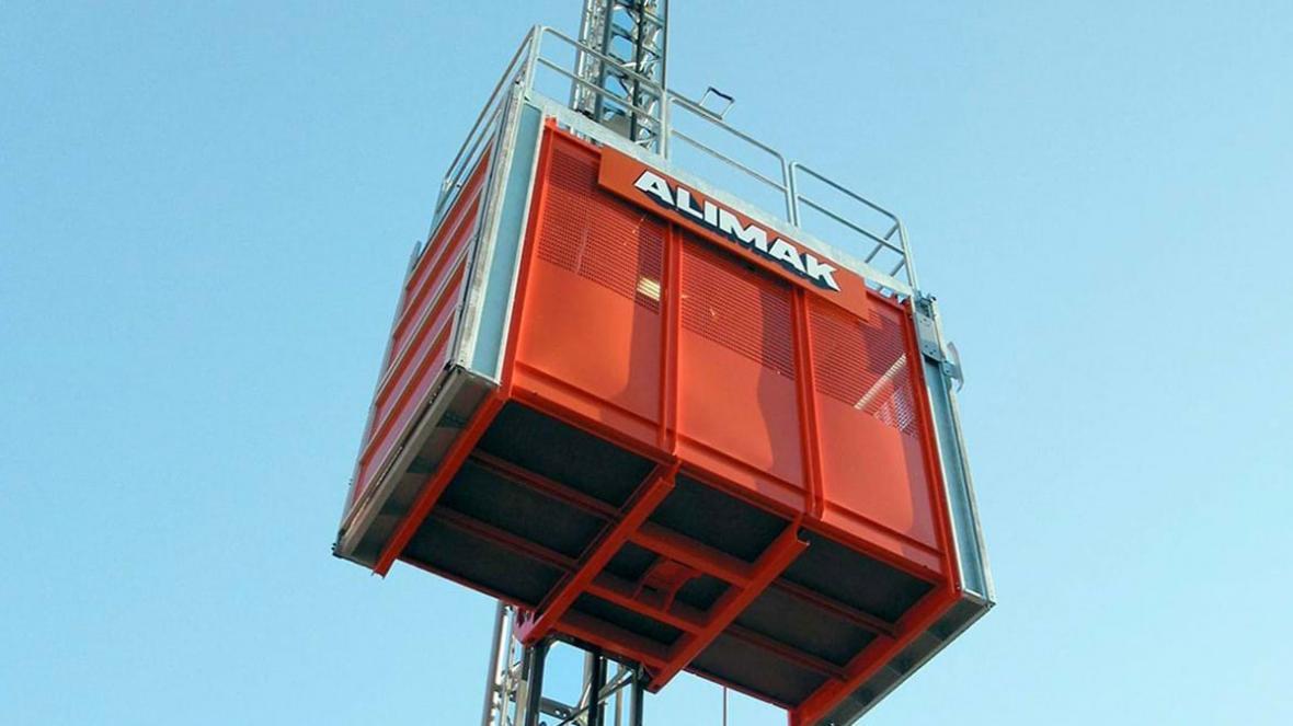 آسانسور کارگاهی ؛ کاربردها، برندهای مشهور و استانداردها