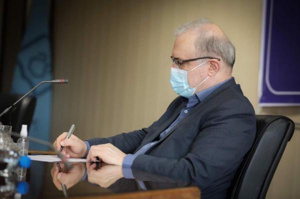 خبرنگاران برخورد قانونی با سوء استفاده کنندگان تزریق واکسن به پاکبانان آبادانی